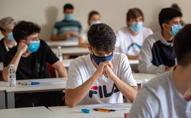 Las escuelas secundarias rionegrinas vuelven a la presencialidad completa